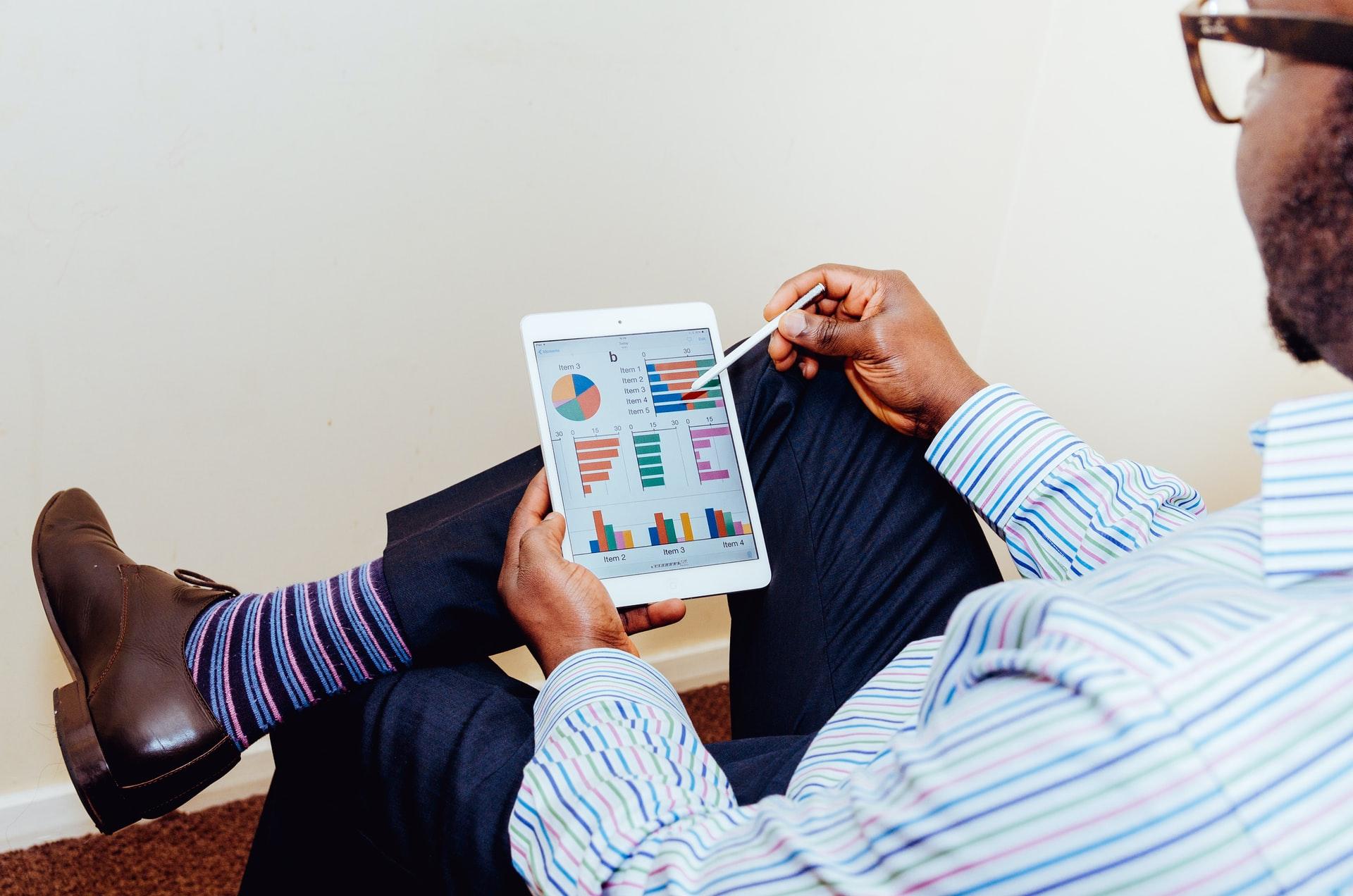 Asesor financiero: ¿conviene recurrir a uno a la hora de pedir un crédito?